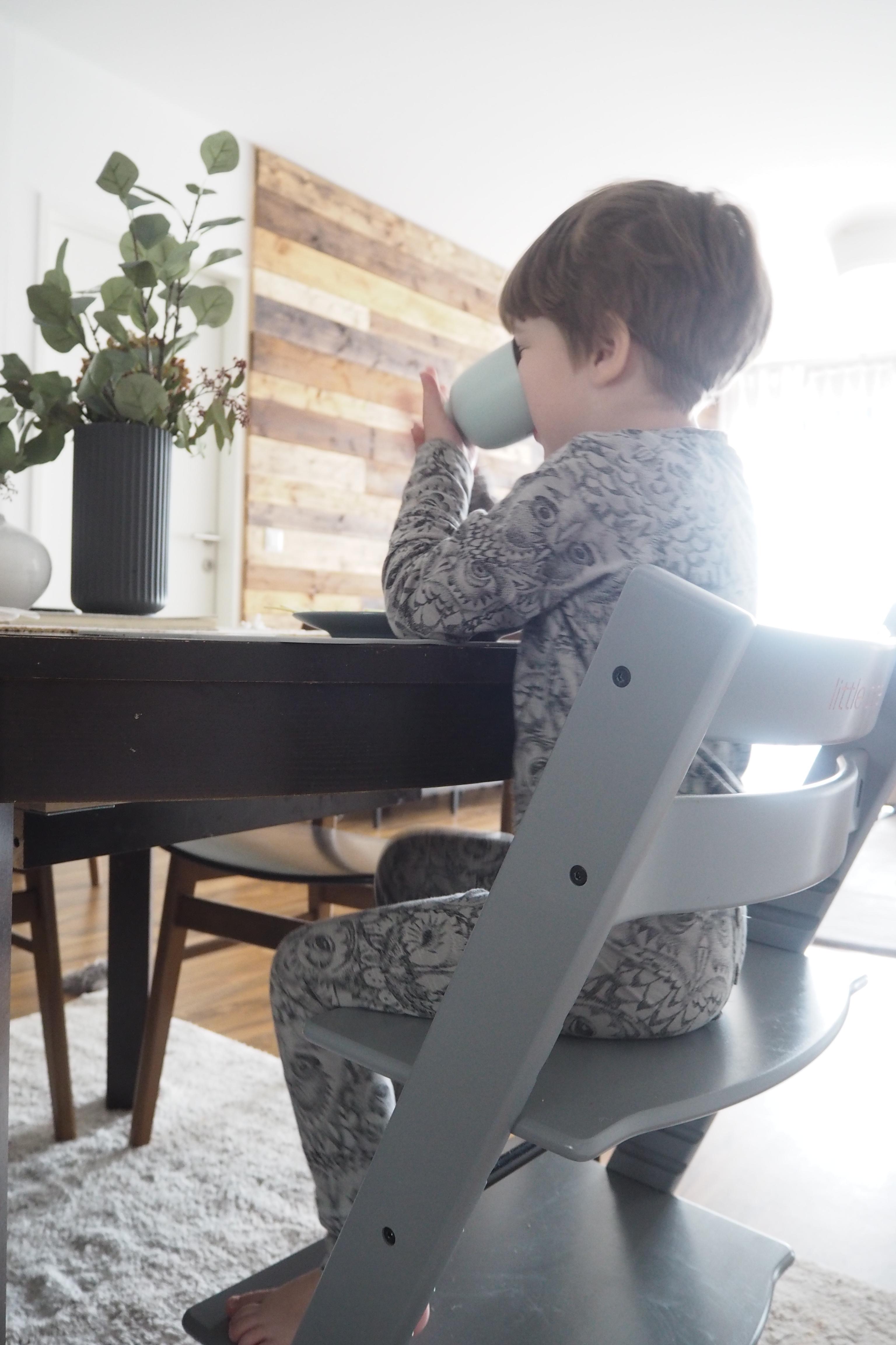 unser neuer hochstuhl mama familien lifestyle interior blog aus wien i my petit world. Black Bedroom Furniture Sets. Home Design Ideas